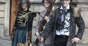 Stories of fashion: talking about steampunk (and more)